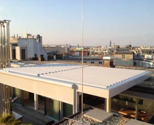 Dachgeschoss Lamellendach mit Zip-Markise