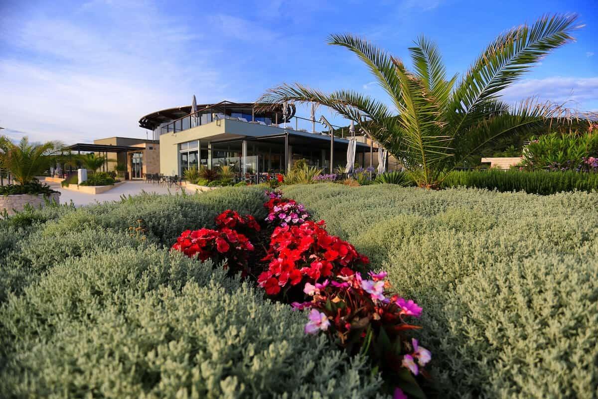 Blue Marina Garten