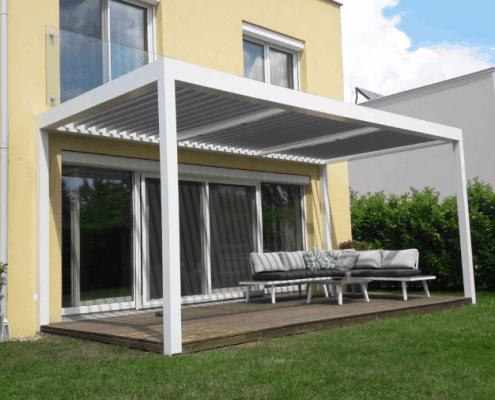 Terrassendach mit Lamellen